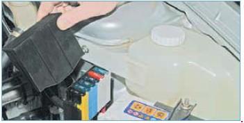 27312304 - Схема предохранителей приора 16 клапанная